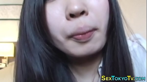 Kinky japanese babe farts