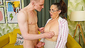 Horny housewife blows young stud and gets her pussy thumped